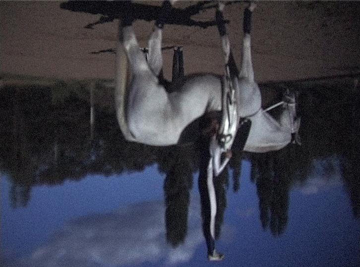 https://heikehamann.de/files/gimgs/14_spinaround-cameraobscura-intervention-7-heikehamann_v2.jpg